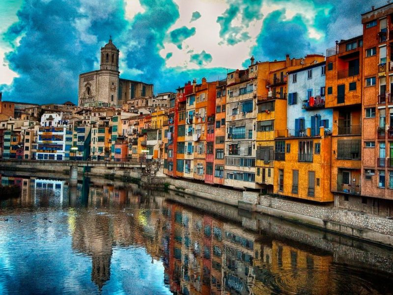 vista de Girona ciudad habitaciones residencias universitarias Unihabit
